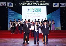 Metaherb nhận giải top 10 thương hiệu dẫn đầu Việt Nam 2018
