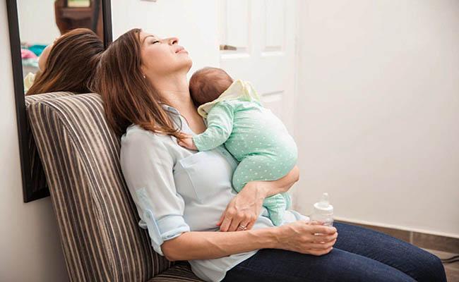 Chán ăn, mệt mỏi có thể là dấu hiệu của đau dạ dày sau sinh