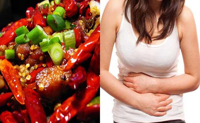 Ăn đồ cay nóng là một trong những nguyên nhân đau dạ dày