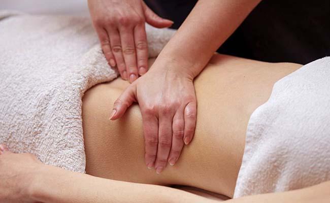 Massage giúp giảm đau dạ dày hiệu quả