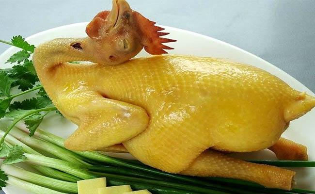 Người bệnh gút nên chú ý ăn thịt gà đúng cách