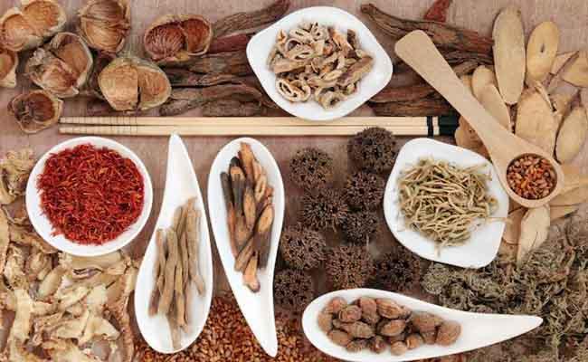 Sử dụng bài thuốc đông y trị đau dạ dày