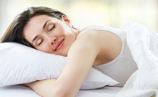 Ngủ đủ giấc và sinh hoạt khoa học để giảm đau dạ dày