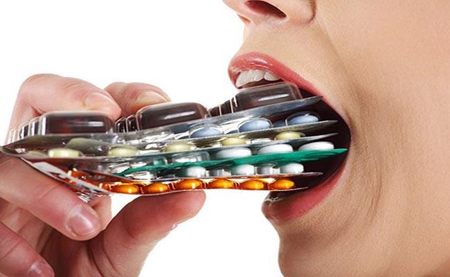 Uống thuốc Tây đang được nhiều người bệnh tiểu đường lựa chọn