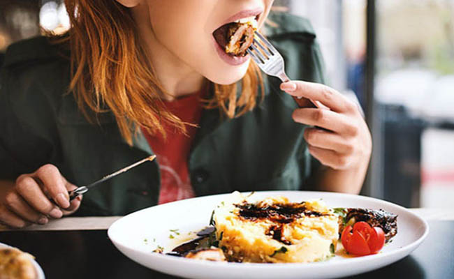 Lưu ý khi sử dụng thực phẩm dành cho người bệnh đau dạ dày