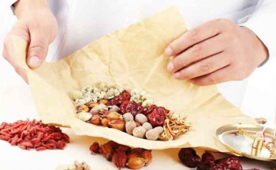 sâm đại hành, lá đắng, bạch truật, biển đậu, ngũ sắc, tía tô bổ sung dinh dưỡng giúp làm lành vết viêm loét dạ dày