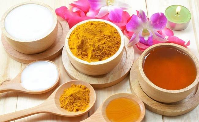 Nghệ và mật ong tốt cho người bệnh đau dạ dày