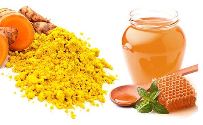 Chữa đau dạ dày tại nhà bằng nghệ và mật ong