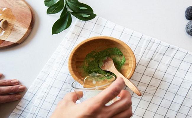 Trị dau dạ dày bằng dừa và trà xanh