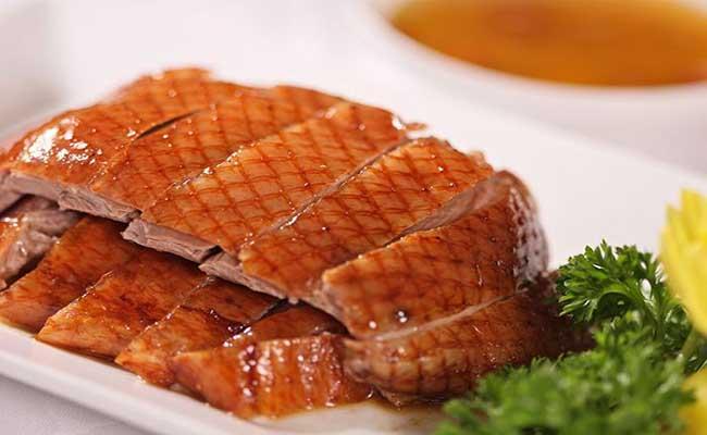 Để ăn thịt vịt, người mắc bệnh tiểu đường cần tuân thủ một số nguyên tắc, tránh làm ảnh hưởng đến sức khoẻ