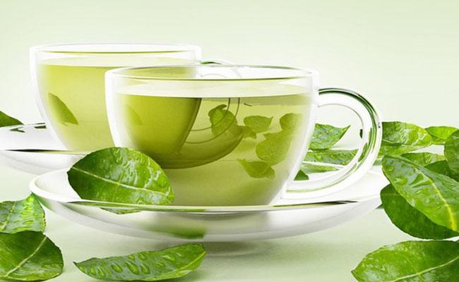 Người bệnh cần lưu ý khi sử dụng trà xanh
