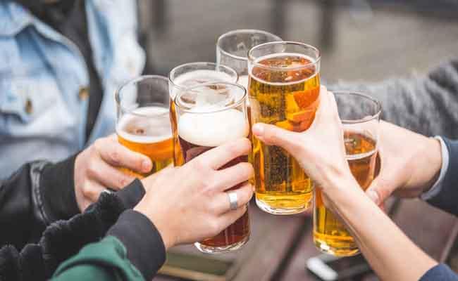đau dạ dày không nên uống bia