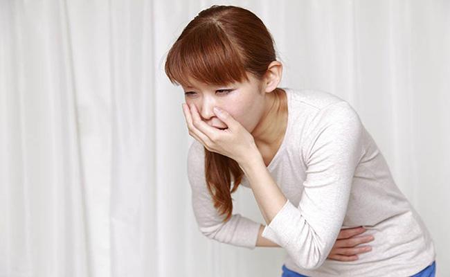 Đau thượng vị dạ dày luôn kèm theo cơn buồn nôn hoặc nôn ói sau khi ăn