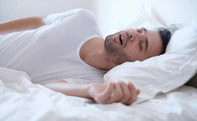 Trào ngược dạ dày gây ngưng thở khi ngủ
