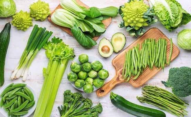 Người bệnh gút nên bổ sung chất xơ có trong rau xanh