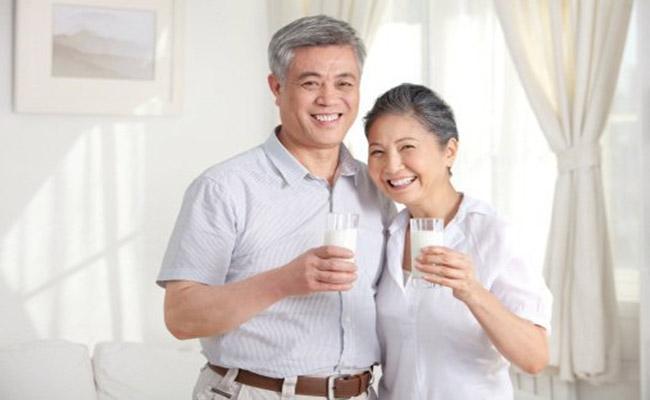 Sữa tốt cho người bệnh gút
