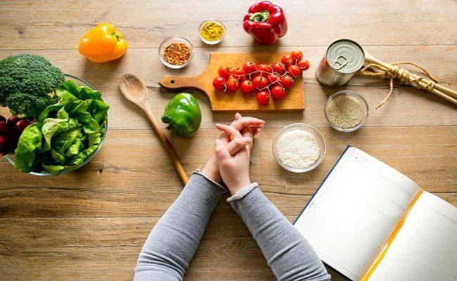 áp dụng thực đơn giảm cân sau sinh
