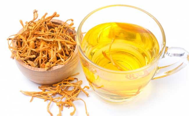 Sử dụng ĐTHT sấy khô để pha trà là cách được nhiều người áp dụng
